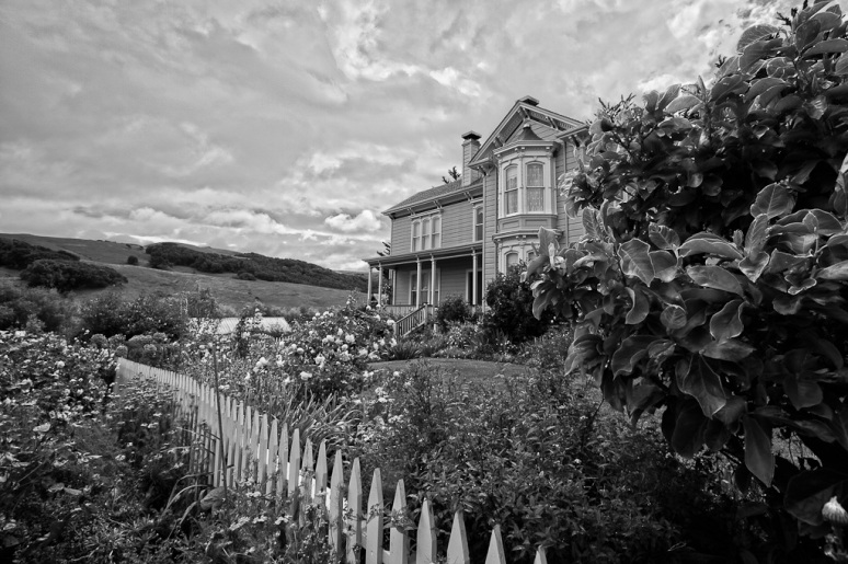 Victorian House at the Chileno Valley Ranch in Petaluma, a DIY Wedding Venue