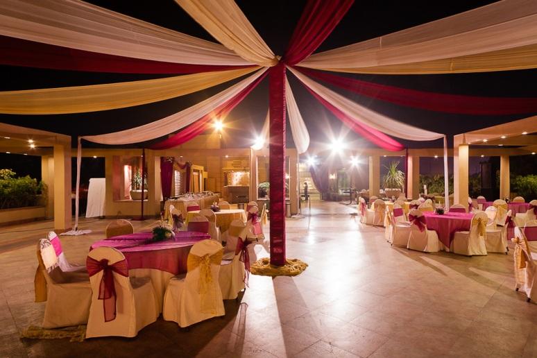 Indian Wedding Photographer New Delhi Wedding Tent