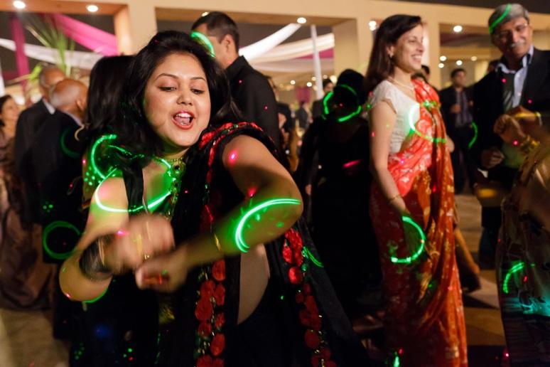 Indian Wedding Photographer New Delhi Wedding Bengali Guest Dancing