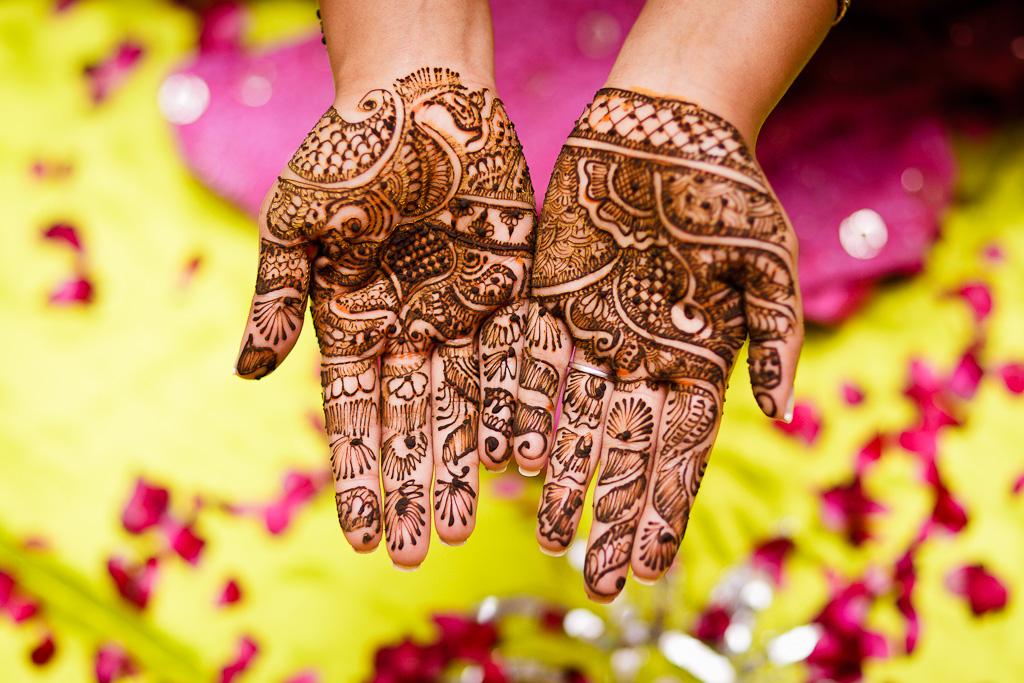 Mehndi Ceremony Pics : Indian wedding photographer namrata s mehndi ceremony