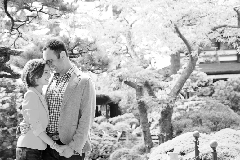 11-San-Francisco-Engagement-Photographer-de-Young-Museum-Japanese-Garden