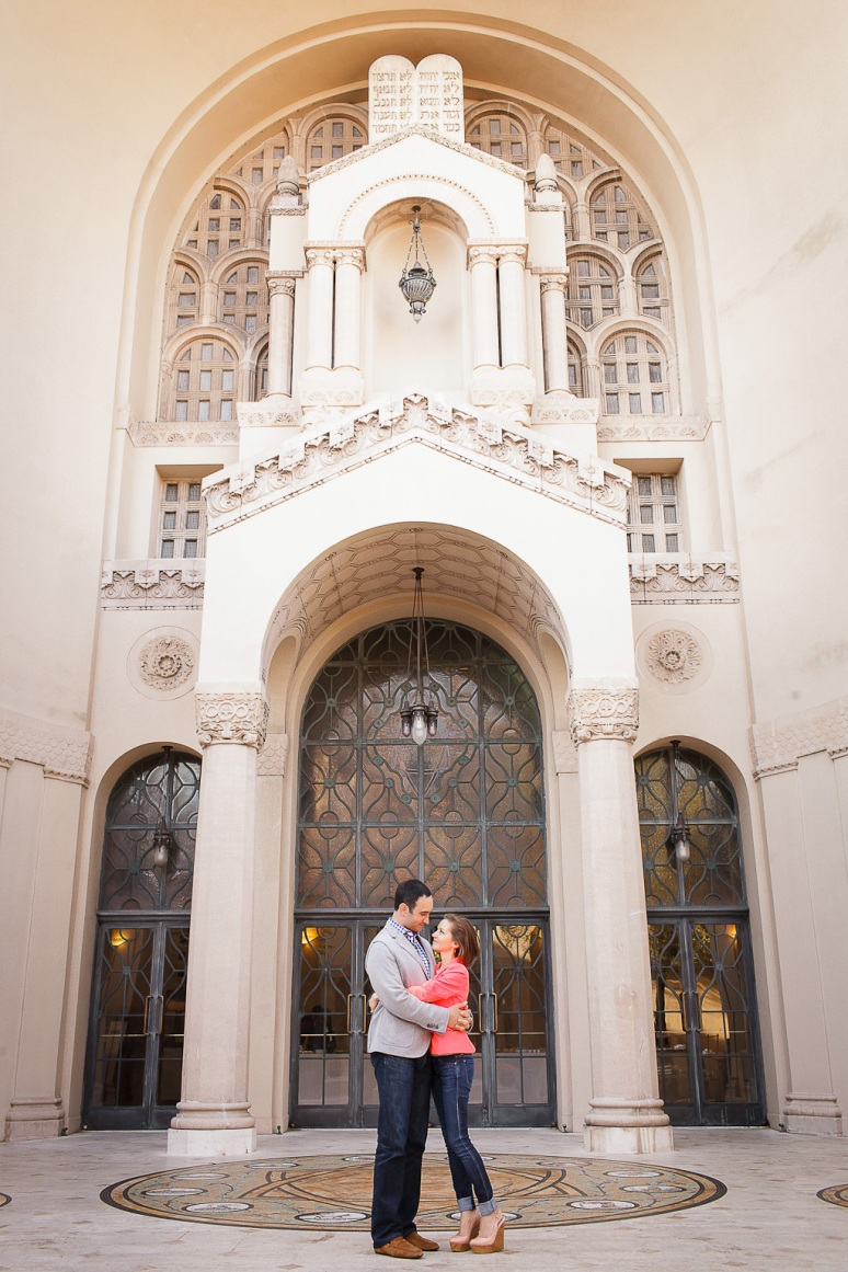 13-San-Francisco-Engagement-PhotographerTemple-Emanu-El