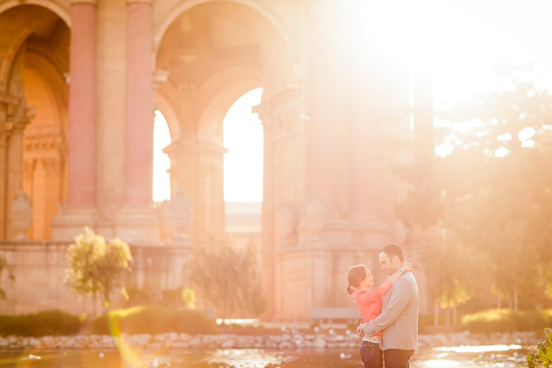 22-San-Francisco-Engagement-PhotographerPalace-of-Fine-Arts