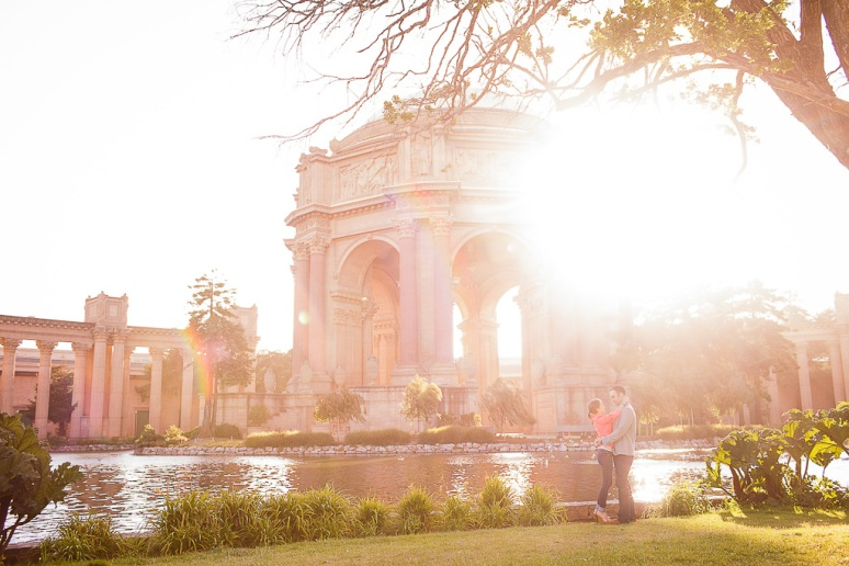 23-San-Francisco-Engagement-PhotographerPalace-of-Fine-Arts