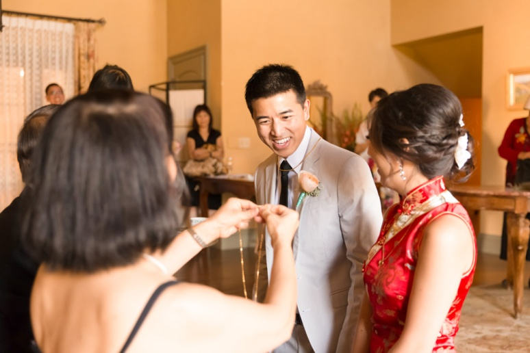026-San-Francisco-Wedding-Photographer-San-Jose-Gilroy-Clos-La-Chance-Vineyard-Winery-Asian-Tea-Ceremony