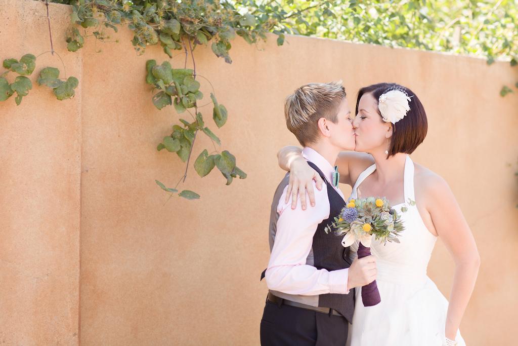 021-Cornerstone-Gardens-Sonoma-Wine-Country-Same-Sex-Lesbian-LGBT-Wedding- Photographer