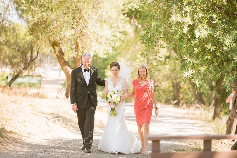 26-Napa-Valley-Sonoma-Wedding-Photographer-Photojournalism-BR-Cohn-Winery-Vineyard-Wedding-Classic-Elegant-Sugar-Rush