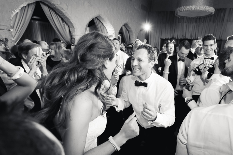 064-lisa-zach-westwood-country-club-san-francisco-destination-documentary-candid-wedding-photographer